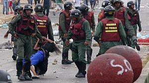 Guardia_Nacional_Bolivariana_represion_4